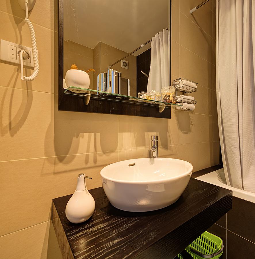 R novation sanitaires salles de bain wissembourg laeuffer for Creation salle de bain 3d